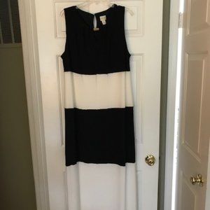 Chico's knit maxi black and white dress XL
